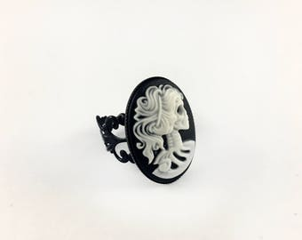 Skeleton Cameo Ring - Adjustable Gothic Ring, Skeleton Ring, Skull Ring, Gothic Gift, Goth Jewelry, Halloween Ring, Halloween Jewelry