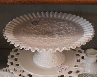Stunning Fenton Silver Crest Spanish Lace  Milk Glass Cake Stand!--Beautiful Vintage Condition!