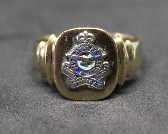 Royal Canadian Air Force Ring 10K Gold Enamel RCAF Vintage Collectable Jewelry Size 9