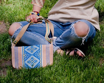 Canvas crossbody purse  with Ukrainian embroidery / Embroidered purse / Blue and yellow tote purse/ Ukrainian ethnic bag / Ukrainian gift.