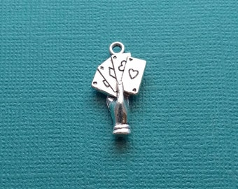 6 Playing Cards Hand Silver - CS2943