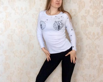 Handpainted t-shirt/white shirt/long sleeve shirt/mermaid shell shirt/breast tee/tops and tees/dandelion/boob shirt/coachella shirt
