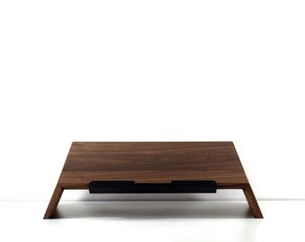 Laptop stand in walnut - Laptop holder - MacBook stand - Laptop dock