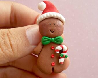 Christmas Pin - Christmas Brooch - Gingerbread Man Pin - Christmas Jewelry - Winter Jewelry - Food Jewelry - Xmas Gift