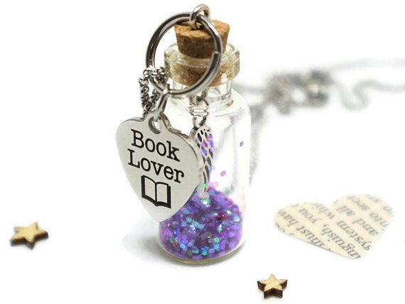 Book necklace - Jewelry for book lovers - Literary gift - Librarian gift - Booknerd - Gifts for bookworms - Book jewelry - Book lovers gifts