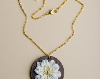 Flower on wood necklace