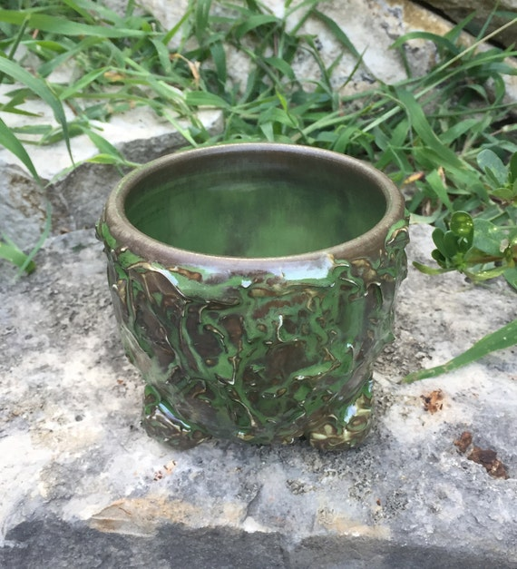 glossy moss green and swamp gray tea bowl with textured exterior