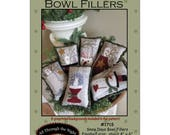 "Primitive Folk Art Wool Applique Pattern: ""SNOW DAYS Bowl Fillers"" - Preprinted fabric background included with pattern!"