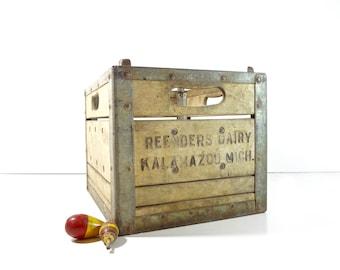 Vintage Dairy Crate / Metal and Wood Reenders Dairy Milk Bottle Crate / Rustic Storage