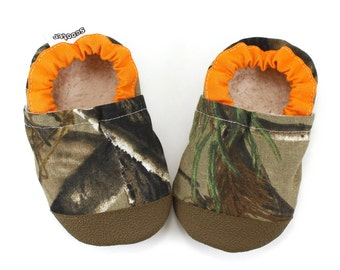 hunters camo baby shoes hunting camo shoes brown and orange hunting baby real tree camo baby shoes soft sole shoes hunting baby