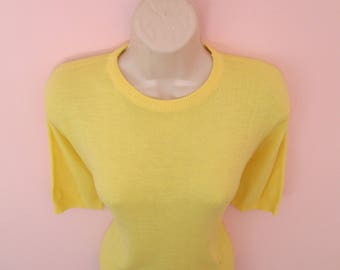Lovely Vintage 1950s 50s Lemon Yellow Knit Jumper Pullover Sweater Top -Juvenile Delinquent-JD-Bad Girl-Bombshell-Pinup-Vixen-Rockabilly-VLV