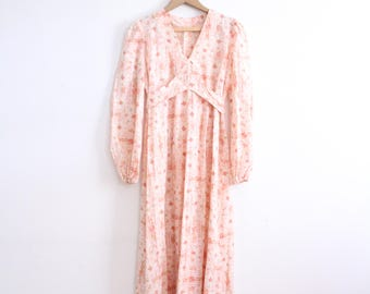 Romantic Fluttery 70s Maxi Dress