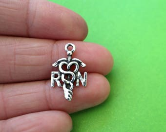 8 Registered Nurse RN Silver Charms (CH144)