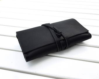 Tobacco pouch/tobacco case/Leather pouch/groomsmen gift/leather tobacco pouch/personalized pouch/gift for him/Tobacco purse