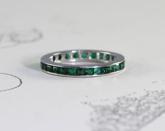 Vintage Emerald Eternity Band, 14k White Gold Synthetic Emerald Stacking Wedding Ring