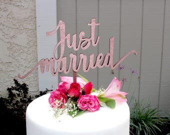 Just Married Wedding Cake Topper // Wedding dessert table sign