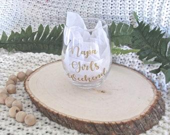 Custom Wine Glasses, Birthday Party Wine Glass, Girls Weekend Wine Glasses, Personalized Wine Glasses, Custom Name Wine Glass, Birthday Gift