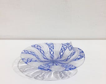 Murano Venezia blown glass small plate/saucer/tray handmade filigree reticello white and blue Ballarin