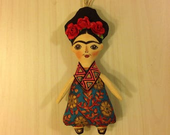 Frida doll Frida Kahlo art doll collectible  Frida mexican art doll  painter Frida Kahlo doll mexican artist Frida folk art Frida
