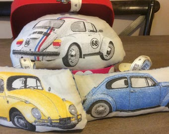 cute car coussinou! Blanket or deco.a hanging around.