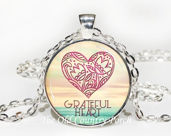 Grateful Heart-Glass Pendant Necklace/Graduation gift/mothers day/bridal gift/Easter gift/Gift for her/girlfriend gift/friend gift/birthday