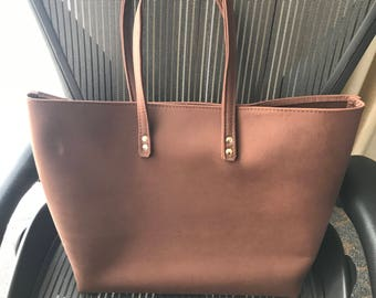 Large Leather Tote (P17)