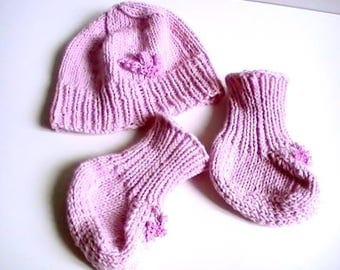 Pink set: hat and booties