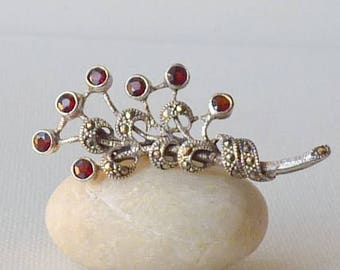 Sterling Silver Marcasite Garnet Pin Vintage Garnet Floral Brooch 925 Sterling Silver Retro Pin,Romantic Jewelry,Sterling Marcasite Jewelry