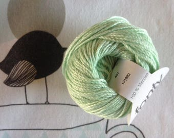 Green bamboo wool with water - Fonty