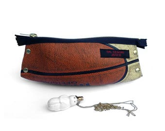 Women case fancy, Etui orange, wash bag, toilet bag original, man gift original, Basketball gift, gift sport, gift upcycling