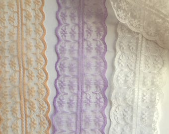 A Lightweight lace. double edges, purple, white and tan. WH211