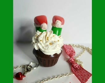 "Necklace fimo ""Green Goblin in his cupcake"""