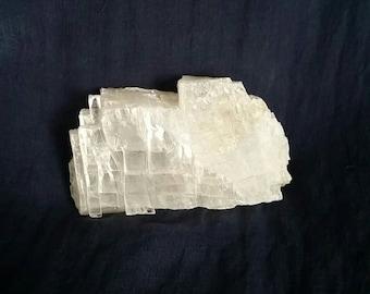 Selenite Crystal Healing Stone // White Selenite Cleansing Gemstone // Reiki Healing // Meditation Crystal // Chakra Balance // Angel Stone