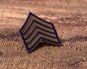 RCMP Rank Insignia Staff Sergeant Pin (X007 Gold)