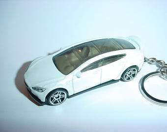 3D Tesla Model S custom keychain by Brian Thornton keyring key chain finished in white trim electric car awd models