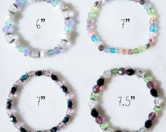 Unique, glass beaded elasticated bracelet - assorted designs/various sizes