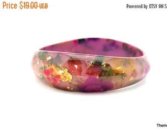 On Sale Lucite bangle bracelet painted flower floral embedded gold and silver flakes pink red purple green