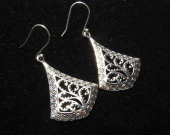 92.5 Sterling Silver  -  Fancy Design - Silver Earrings