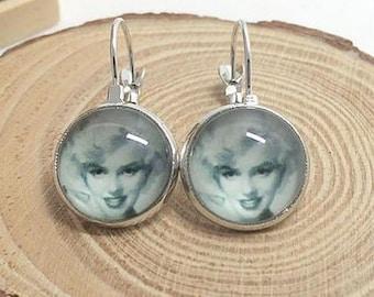 Marilyn Monroe earring