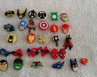 Lot 24 jibbitz Marvel super heroes (badges for fangs)