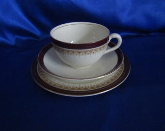 Vintage Alfred Meakin Trio in Burgandy and Gilding, Made in England