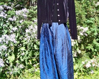 Vintage 1980s Black Velvet and Dark Blue Taffeta 2 Piece Evening Dress Floor Length