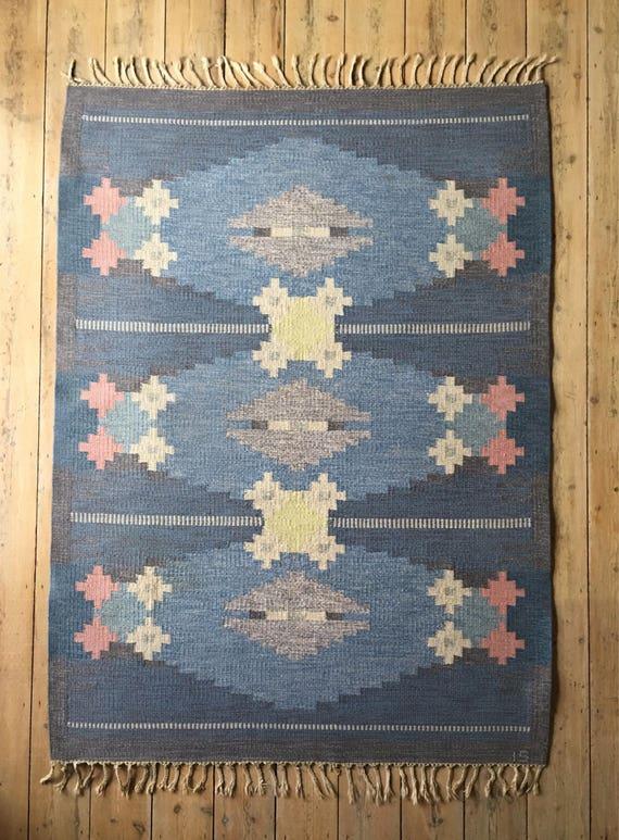 Vintage Swedish rolakan flatweave Ingegerd Silow rug in pure wool circa 1950's