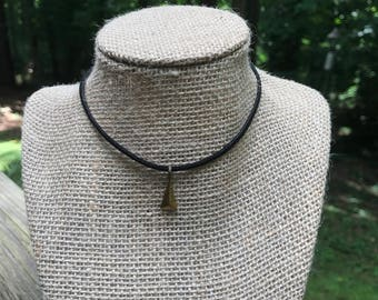 MORE COLORS!! Suede choker with triangle charm