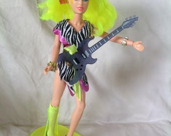 Vintage Jem and the hologram Pizzazz