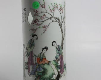 A Chinese Antique Late Qing Dynasty Porcelain Hat Stand painting calligraphy