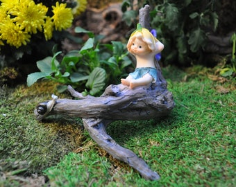 Garden Sprite with Snail
