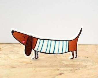 Breton sausage dog brooch