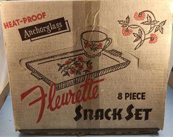 Fire king Fleurette snack set in origina box