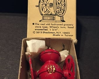 Vintage Miniature Dollhouse Coffee Mill Red Enamel Old Fashioned Grocery Store Original Box Shackman